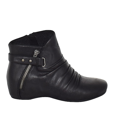567fc1c0081 Women's Boots, Booties & Ankle Boots | Free Shipping | The Shoe Company
